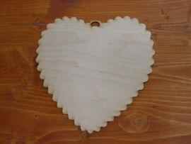 Natúr fa fodros szív nagy