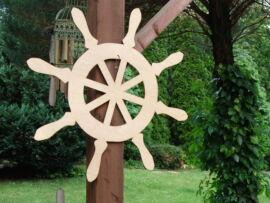 Natúr fa - Óriás hajókormány