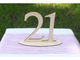 Natúr fa Asztalszám  21-es
