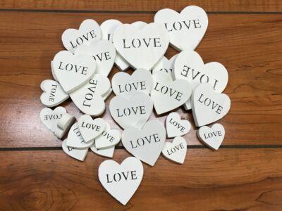 Fehér fa szívek LOVE vegyes