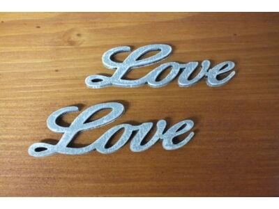 Love felirat szürke