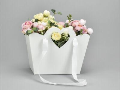 Táska doboz szíves füllel fehér