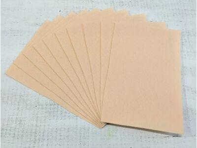 Filc A4-es 1-1,5mm 10ív/csomag - több színben.