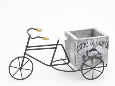 Fém tricikli fa kaspóval