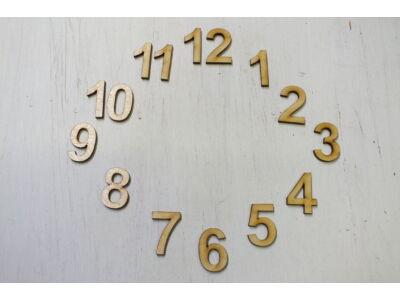 Fa számok óralaphoz 3cm 15db/csomag