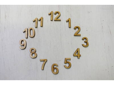 Fa számok óralaphoz 2cm 15db/csomag