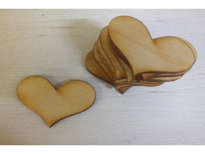 Natúr fa romantik szív 5cm 10db/csomag