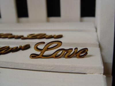 "Natúr fa - ""Love"" felirat 6cm 10db/csomag"