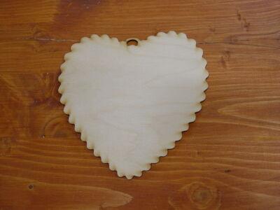 Natúr fa fodros szív kicsi