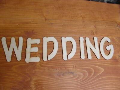 "Natúr fa - ""Wedding"" betűk"