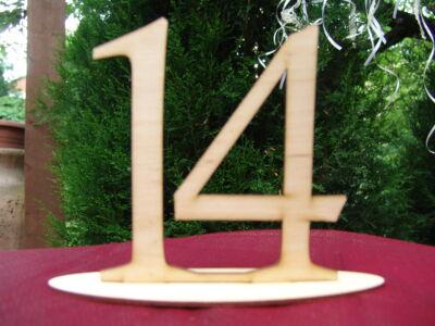 Natúr fa - Asztalszám 14-es