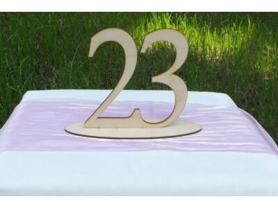 Natúr fa - Asztalszám 23-as