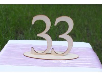Natúr fa - Asztalszám 33-as