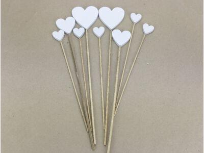 Fehér fa szívek beszúrható vegyes 9db/csomag