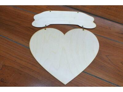 Natúr fa szív íves táblával