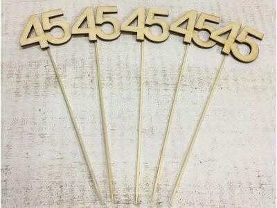 Natúr fa - Évfordulós számok pálcikán 45-ös
