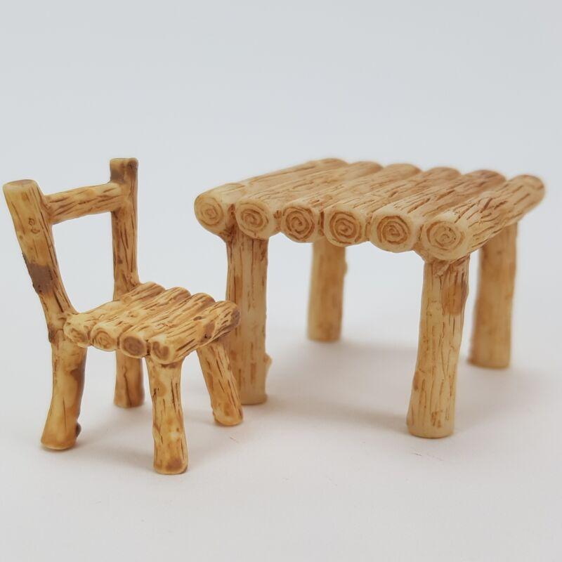 Fa asztal 2 székkel 3db/cs